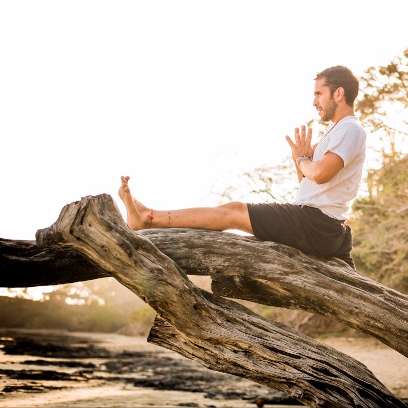 juan gabriel yoga